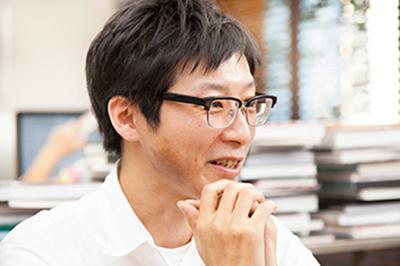 グラフィックデザイナー 植竹 裕さん
