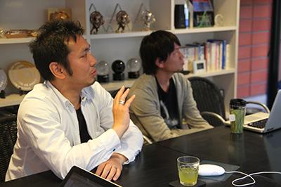 株式会社ソニックジャム 代表取締役・チーフプロデューサー 村田健氏 フリーランスとして数年web制作に携わった後、2001年9月株式会社ソニックジャム設立。以後、企画、設計、テクニカルディレクション、映像・サウンドディレクションなどさまざまな役割で多くのWEBサイト制作に携わる。 http://www.sonicjam.co.jp/
