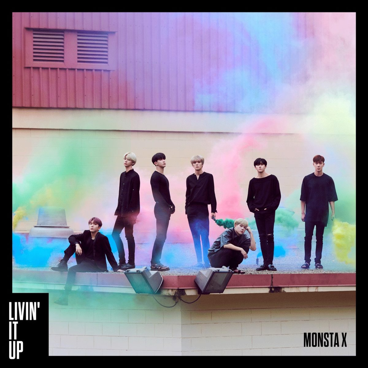 MONSTA X / LIVI'N IT UP