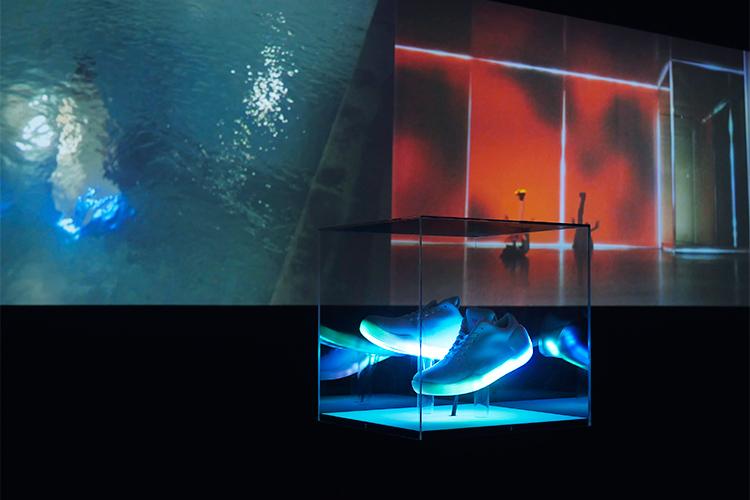 "new folk studio ""Orphe""『Motion-score』"