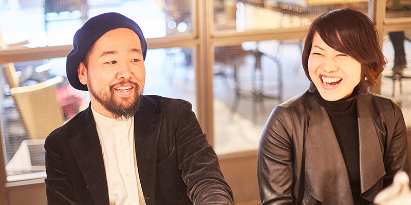 CCAクリエイティブディレクター 林隆三さん(左)、CRAZY WEDDINGアートチーム マネージャー 染谷和花さん(右)
