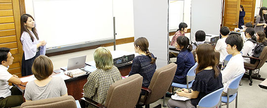 沖縄唯一の芸大に潜入。芸大生がクリエイティブ業界に就職するには?