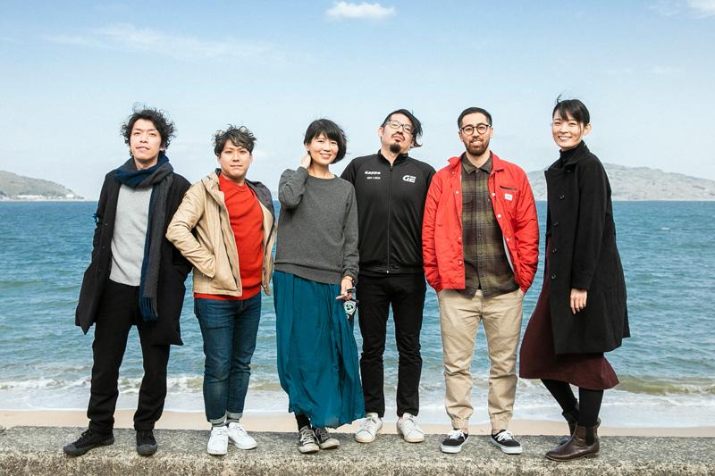 左から青柳佑弥さん、飯寄雄麻さん、光永智子さん、田汲洋さん、Casey Yoneyamaさん、たけべともこさん。