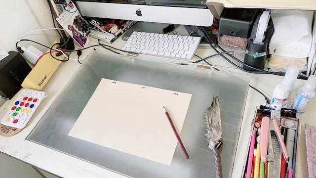 西位さんの仕事机