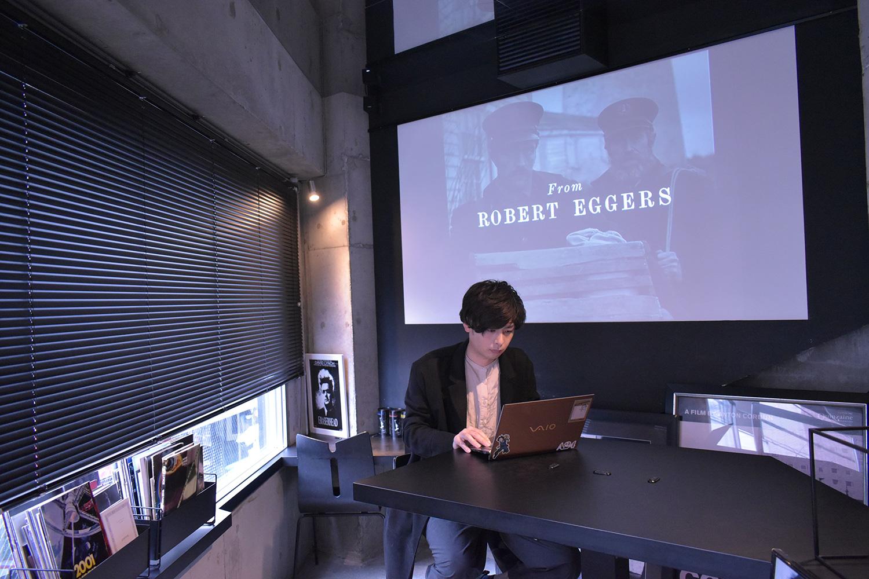 映画をコンセプトにした渋谷のカフェ「CAFÉ:MONOCHROME」にて撮影。ありがとうございました!